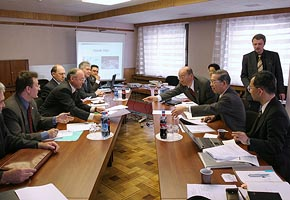 Top Management Meeting at Federal Space Agency of Russia, 2005-04 (C) Seiji Yoshimoto